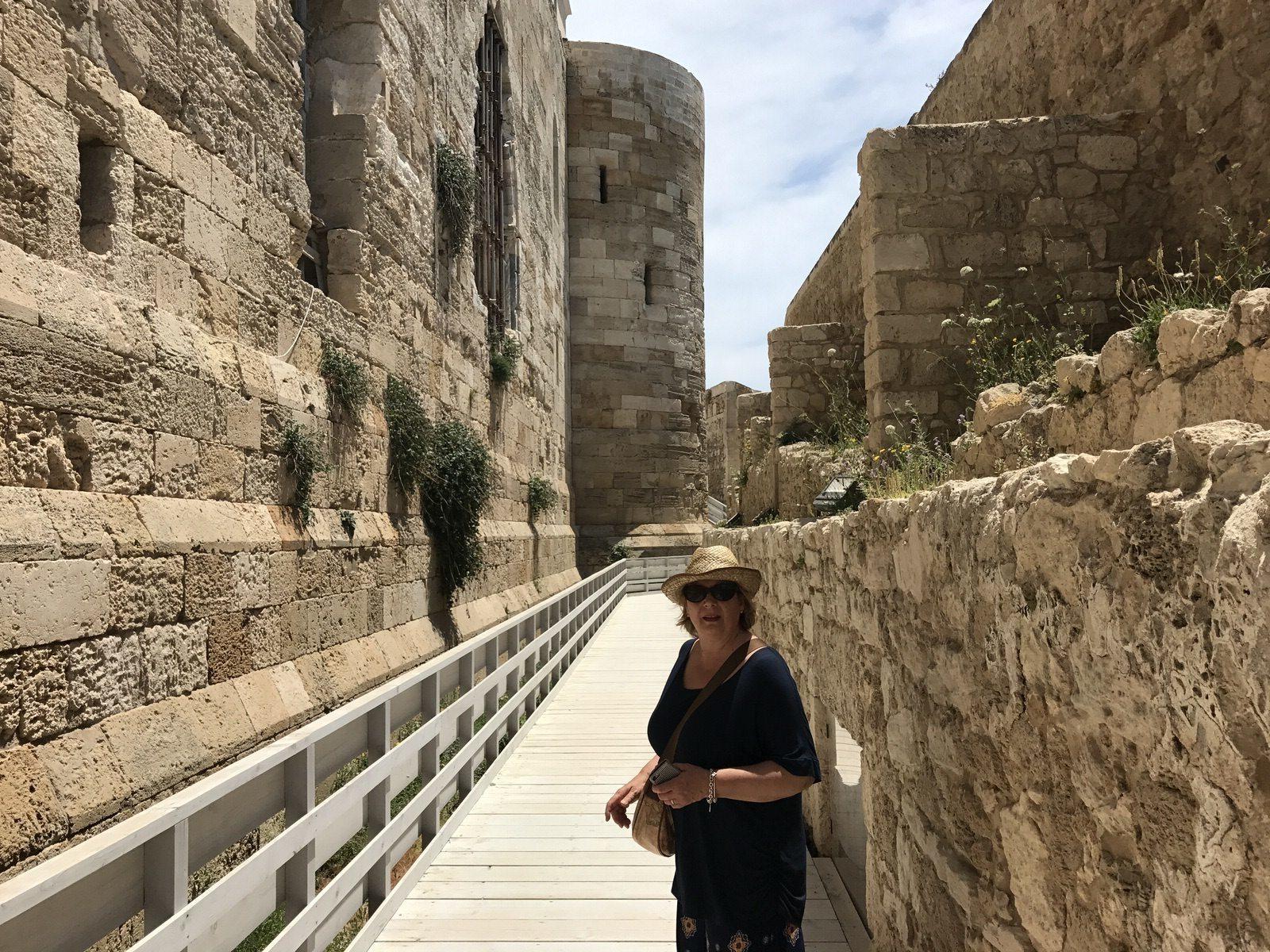 Castello Maniace passaggio sulle mura