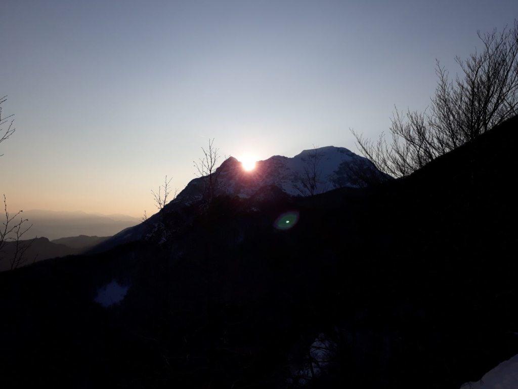 Alba sul monte Corchia