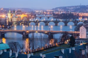 i Ponti di Praga al crepuscolo
