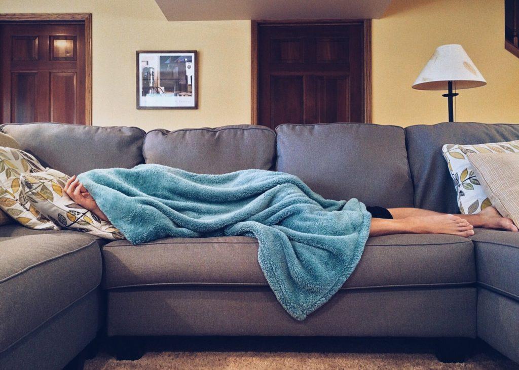 Couchsurfing - Divano