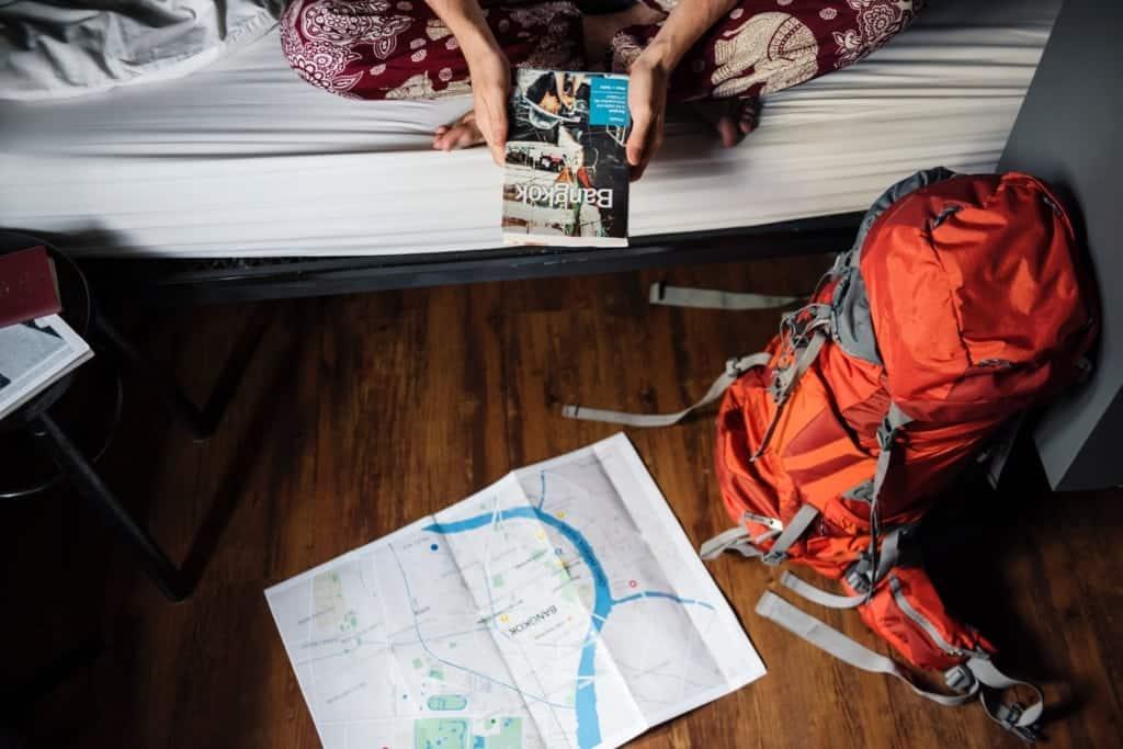 CouchSurfing - visiatre le città dormendo sui divani di sconosciuti