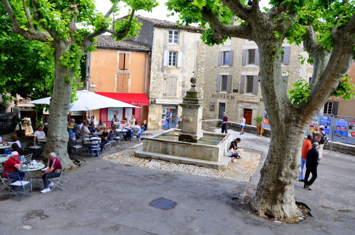 the square of gordes