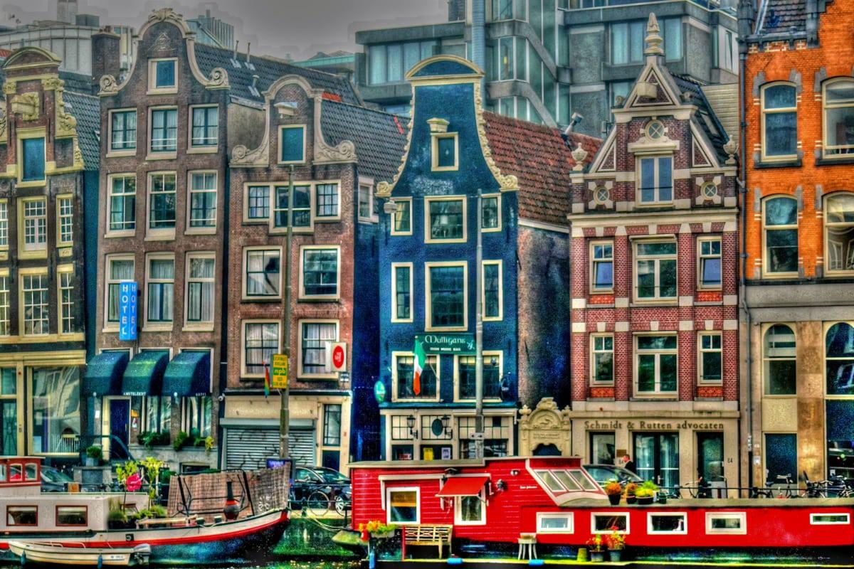 case strette di amsterdam