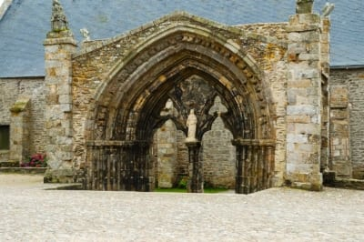 Portale abbazia Saint Mathieu