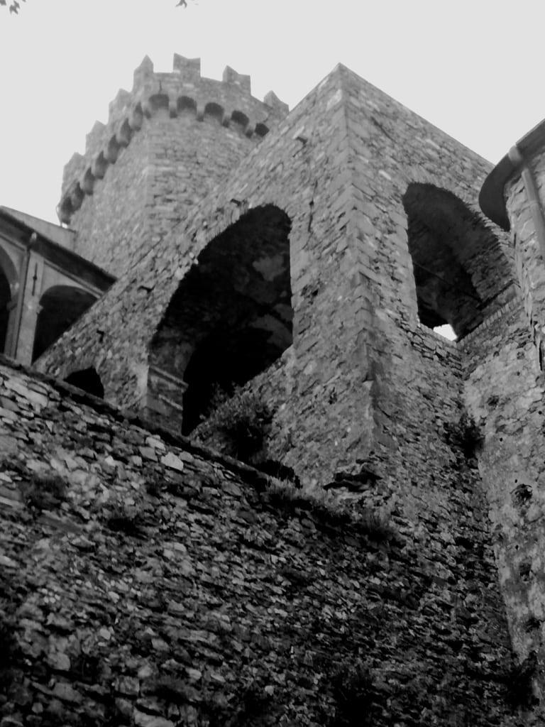 Mura del castello di fosdinovo