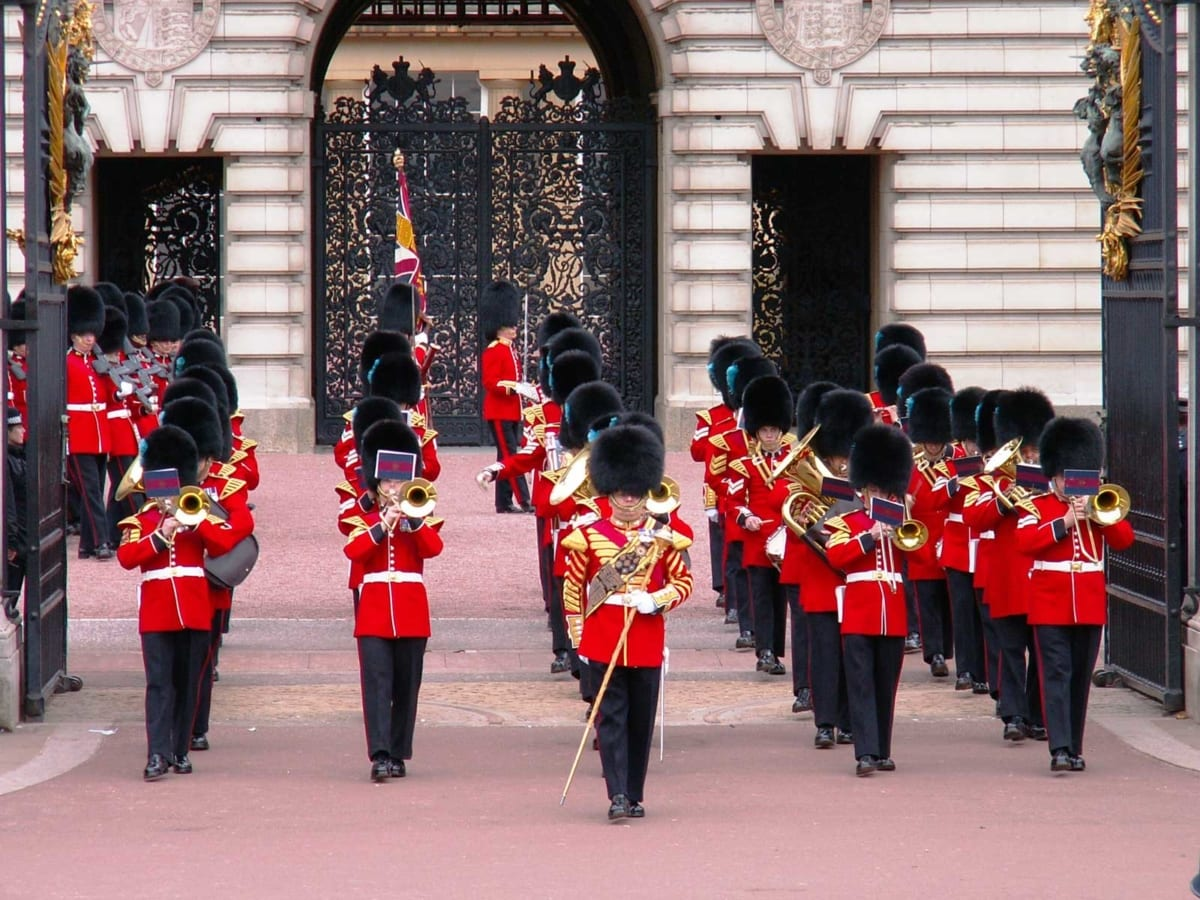Change of the Buckingham Palace Guard - exit of the military band