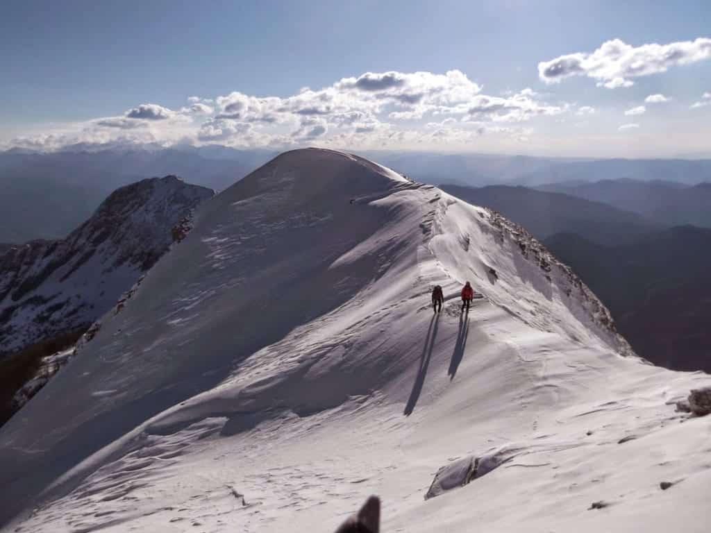 Alpinismo invernale sulle apuane