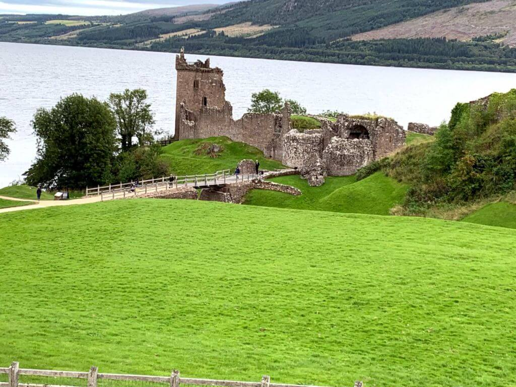 Castello Urqhart lago di Lochness