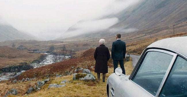 Scena Skyfall 007