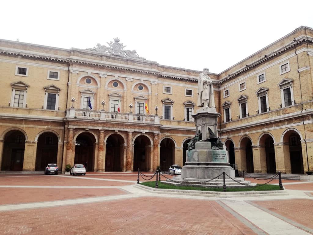 Piazza Leopardi Recanati