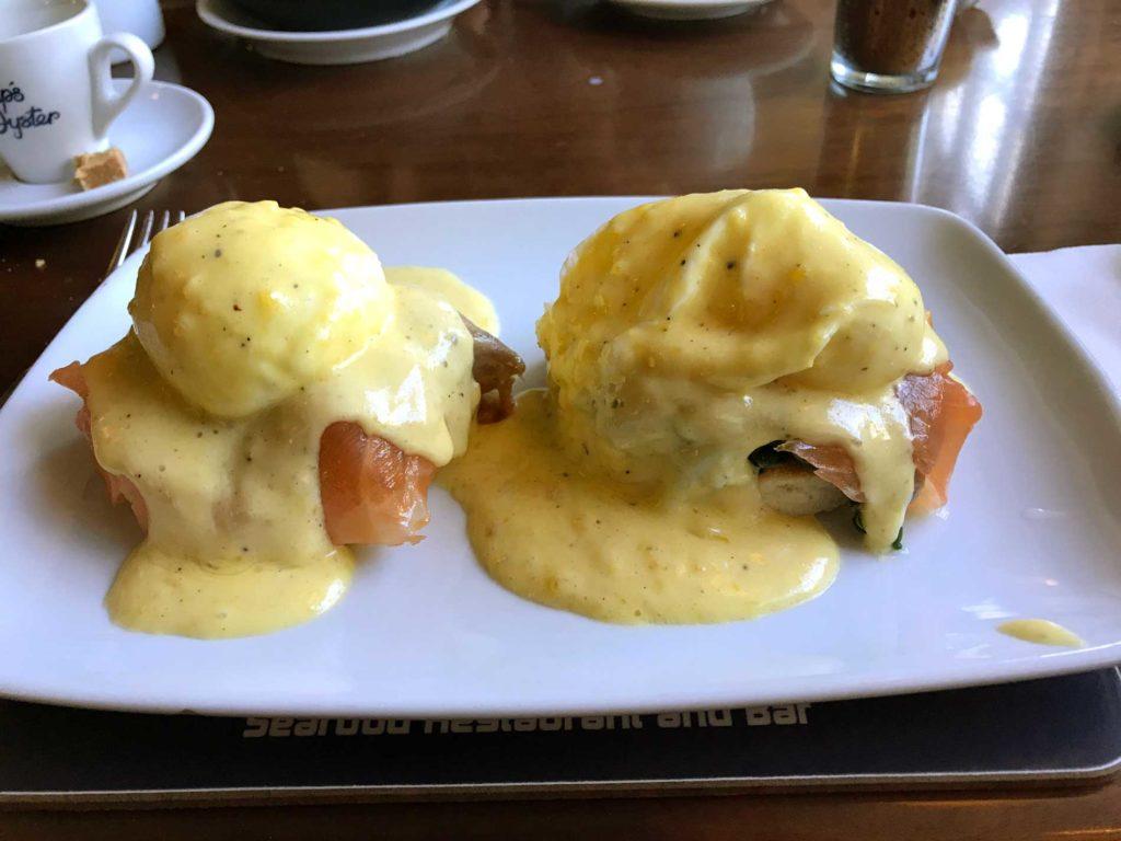 Uova alla benedict scozia cosa mangiare