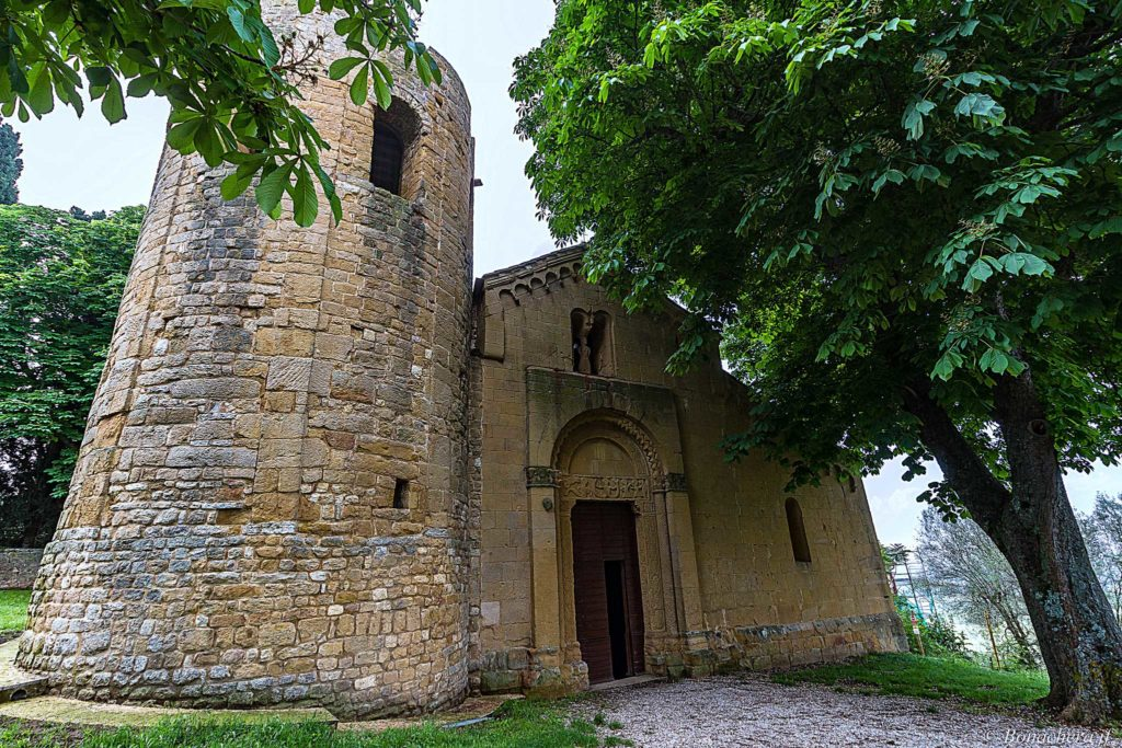 facade of the Pieve di Corsignano